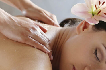 Acupuncture and Home Treatments: Ways to Relieve Migraines